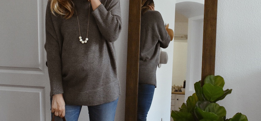 The Kenzie Necklace + VETTA Oversized Sweater